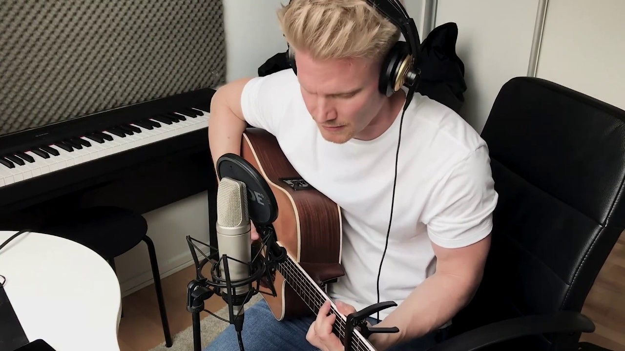 Avicii – Wake Me Up (Acoustic)