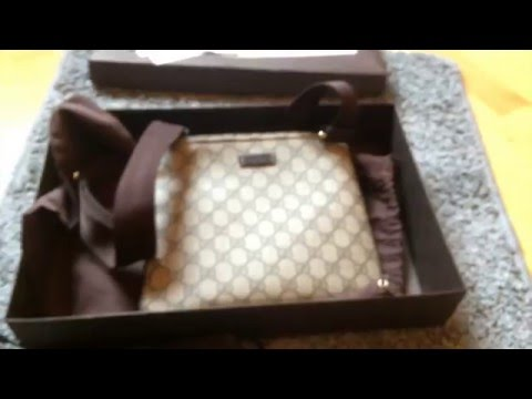 Gucci Messenger Bag Small Unboxing - Beige/Ebony - Supreme GG
