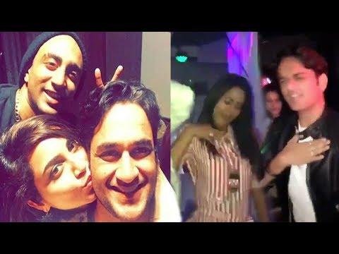 Bigg Boss 11 Late Night Party - Hina,Vikas,Shilpa,Arshi,Puneesh,Bandagi,Priyank,Akash