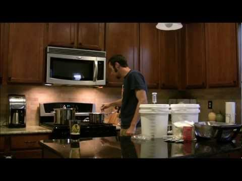 How to make your own beer!  Easy small batch brewing!