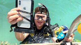 Video I Found an iPhone XS MAX Underwater in DEEP River Weeds - Still Turns On! MP3, 3GP, MP4, WEBM, AVI, FLV Juli 2019