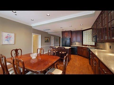 A beautifully-updated 2-bedroom at 680 Lake Shore Drive