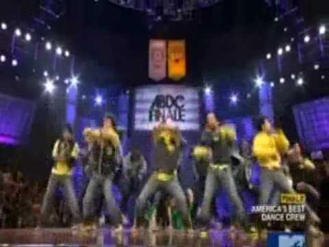 best dance crew season 3 - Finale group performance from week 8, Shane Sparks' choice: Dynamic Edition, Stikers All-Stars, and finalists Quest Crew. With rehearsal. Song: Right Round b...