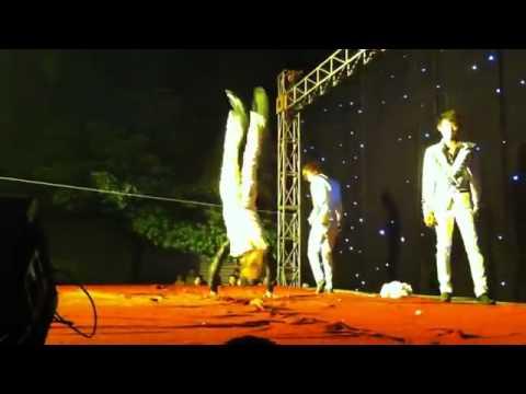 HKT nhào lộn trên sân khấu hơn cả xiếc ở Mai Dịch - Hà Nội 2014