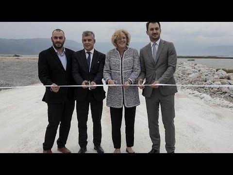 Κρέτσου: «Σύμβολο της ευρωπαϊκής συνοχής η λίμνη Κάρλα»…