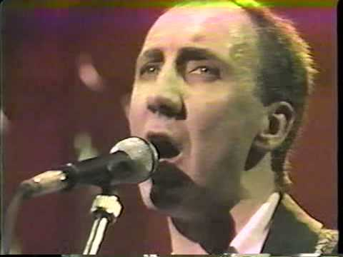 Pete Townshend: Give Blood (featuring David Gilmour)