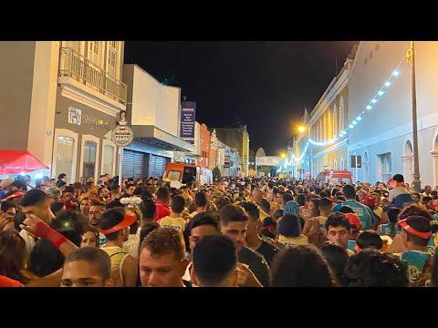Jaraguá Folia abre o Carnaval de Maceió com muita animação