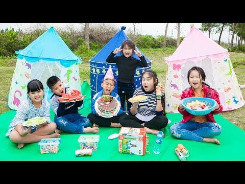 Kids Go To School | Chuns With Best Friends Go On a Picnic Camp In The Park 2