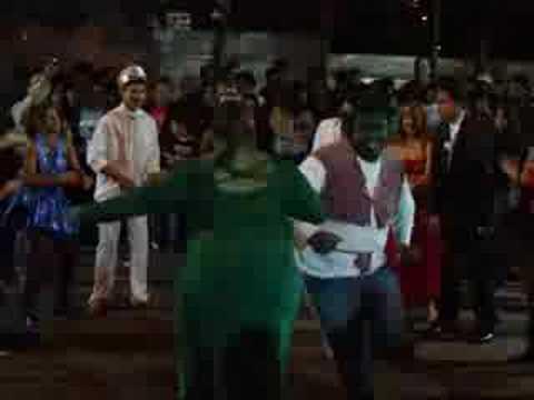 Quadrilha maluca na festa do Quentão em Santa Lúcia.