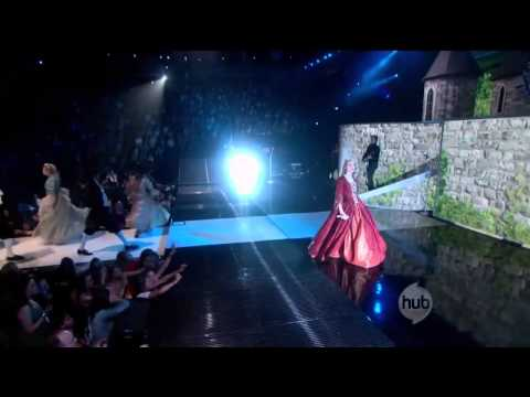 Taylor Swift - Love Story [Live]