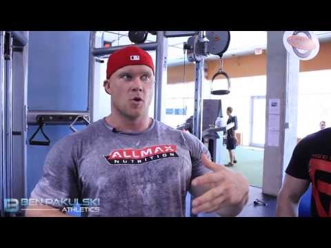 chest - How to Build Inner Upper Chest Muscle - http://tinyurl.com/mi40-nation - Ben Pakulski How Do I Build Inner Upper Chest Muscle. IFBB PRO Ben Pakulski gets thi...