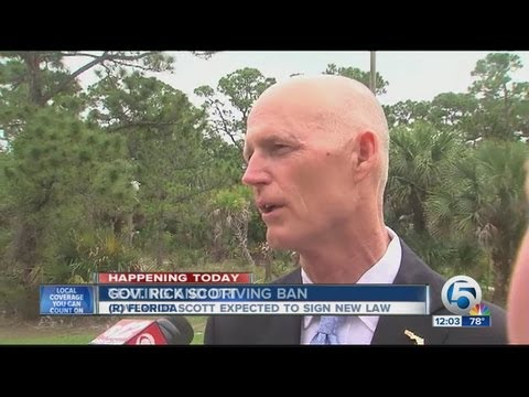 Florida law banning texting while driving signed by Gov. Rick Scott