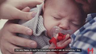The company recently announced that it was expanding its parental leave benefits to cover all worldwide employees, who are now eligible to take at least eight weeks of paid parental leave for birth or adoption, like this dad in Brazil. https://goo.gl/33kjdGSubscribe to JNJ on YouTube:  http://www.youtube.com/subscription_center?add_user=JNJHealthJ&J on Google Plus: http://plus.google.com/+JNJJ&J on Facebook: http://www.facebook.com/jnjJNJ Cares on Twitter: http://www.twitter.com/jnjcaresOur News Center: http://www.jnj.com/our-news-center