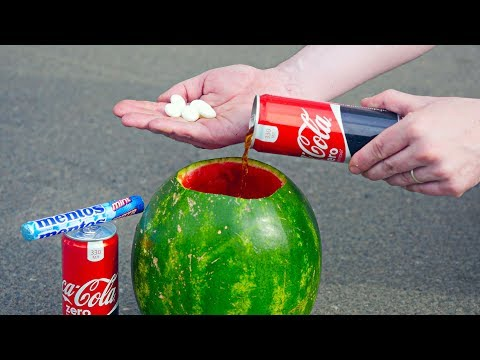 5 CRAZY EXPERIMENTS With Coca Cola видео