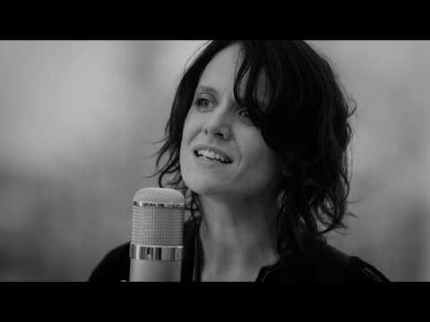 Gyda Valtysdottir - Moonchild