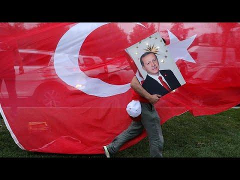 Manipulationsvorwürfe: Erdogan zum Wahlsieger  ...