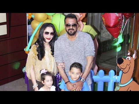 Bollywood Star Kids At Sanjay Dutt's Twins Iqra An