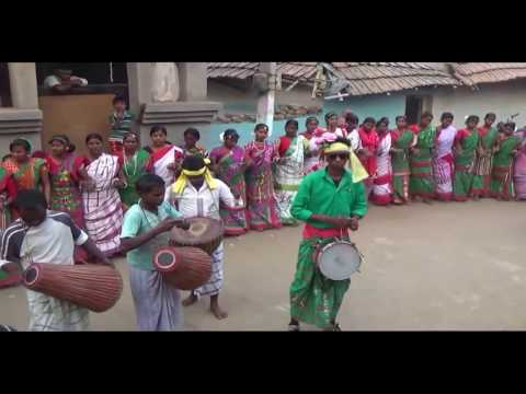 Video NEW SANTHALI TRADITIONAL DANCE VIDEO SONG  2017 download in MP3, 3GP, MP4, WEBM, AVI, FLV January 2017