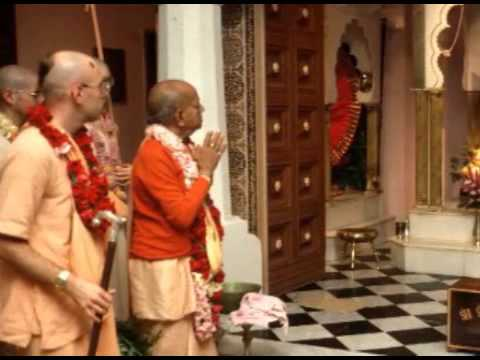Video Everyone is God - Fool's Paradise - Prabhupada 0006 download in MP3, 3GP, MP4, WEBM, AVI, FLV January 2017