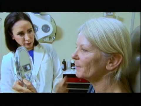10 Years Younger: Dr. Ava Rejuvenates Youth in Woman's Mature Skin
