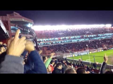 Independiente vs huracán (salida del equipo, recibimiento y ovación para el Rolfi) - La Barra del Rojo - Independiente