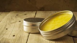 Herkese merhaba,Bugün sizler için evde kolaylıkla hazırlayabileceğiniz bir el kremi hazırladım. Eğer evde el kremi yapımı nasıl oluyor merak ediyorsanız bu videoyu mutlaka izlemelisiniz.Malzemeler şöyle: 50 gr. balmumu (Dilerseniz tamamını kullanmayabilirsiniz.)100 ml. zeytinyağı1 tatlı kaşığı limon yağı2 yemek kaşığı shea butter50 gram hindistan cevizi yağıTarifle ilgili püf noktalarını blogumda bulabilirsiniz: http://pohpohlakendini.com/evde-el-kremi-yapimi/Umuyorum beğenirsiniz :) Yorumlarınızı benimle paylaşmayı, kanalıma abone olmayı unutmayın. Kanalıma abone olmak için tıklayın: https://www.youtube.com/channel/UCsDgCUy45re-7DkniE4bQYQ?sub_confirmation=1Beni sosyal ağlardan da takip edebilirsiniz: http://www.facebook.com/pohpohlakendinihttp://www.twitter.com/pohpohlakendinihttp://www.instagram.com/pohpohlakendinihttp://www.google.com/+pohpohlakendinicomhttp://www.pohpohlakendini.comBu video Canon 700D, Canon 18-135 lens ile çekilip Adobe Premiere ve Adobe After Effects ile düzenlenmiştir. Evde El Kremi Yapımı - Kendin Yap (DIY)  Pohpohla Kendini: https://youtu.be/LiMLQ453kso