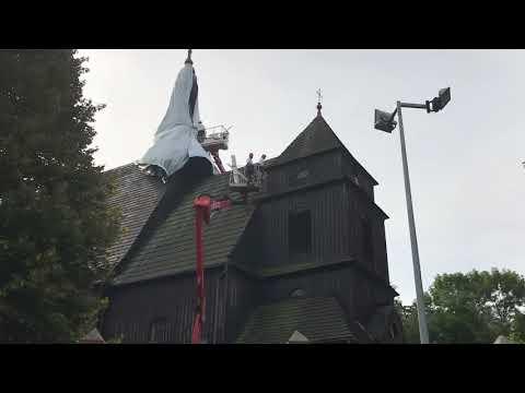 Wideo1: Przygotowania do gazowania kościoła w Domachowie