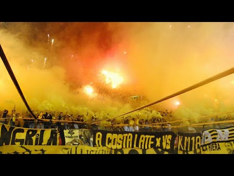 Recibimiento hinchada de Peñarol   Copa Bimbo 2013   Peñarol 1 Hijos 0 - Barra Amsterdam - Peñarol