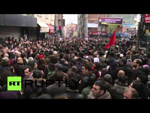 Turkey: Thousands gather for killed teenager's funeral in Is