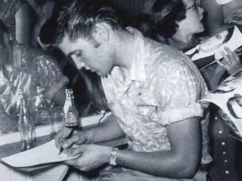 Elvis Presley Tweedle Dee live 1955