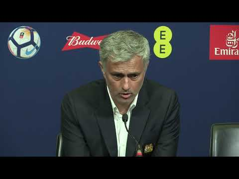 Jose Mourinho warns media he will be reading their stories while on holiday (видео)
