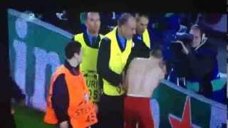 Franck Ribéry schenkt einem Flitzer sein Trikot