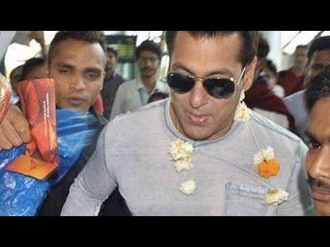 Salman Khan Visits Narayan Seva Sansthan In Udaipu