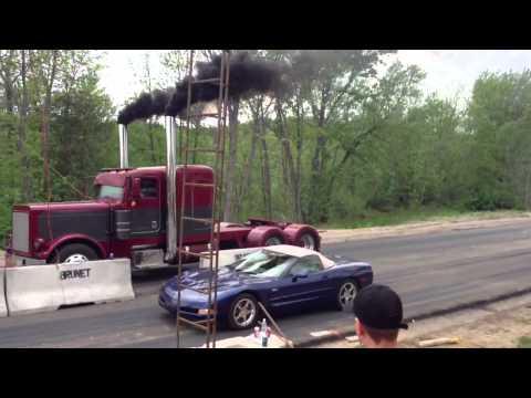 Rekkanuppi vastaan Corvette – Kumpi voittaa lähdössä?