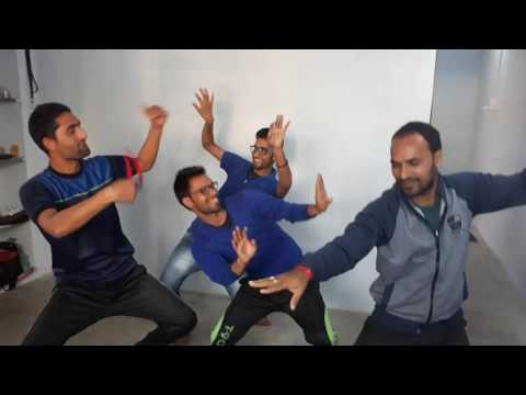 Video new pahadi boys dance..latest karun bangani jaunsari song download in MP3, 3GP, MP4, WEBM, AVI, FLV January 2017