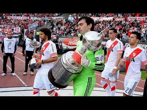 La ovaci�n a los campeones de la Copa Libertadores