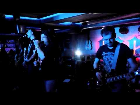 AC DC (Bon Scott) Tribute – Touch Too Much – Analgin @ Zvezdi