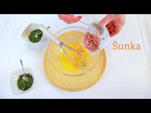 JAJČNA OMLETA Z ZELIŠČI IN PURANJO ŠUNKO je lahka jed za zajtrk ali večerjo, ki telo oskrbi z beljakovinami, vitamini in minerali.