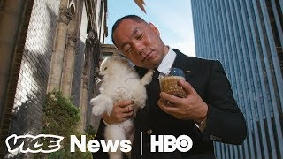 Download Video Exiled Chinese Billionaire Uses YouTube To Wage A War On Corruption (HBO) MP3 3GP MP4