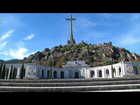 Spanien: Gericht stoppt Umbettung der Leiche von Dikt ...