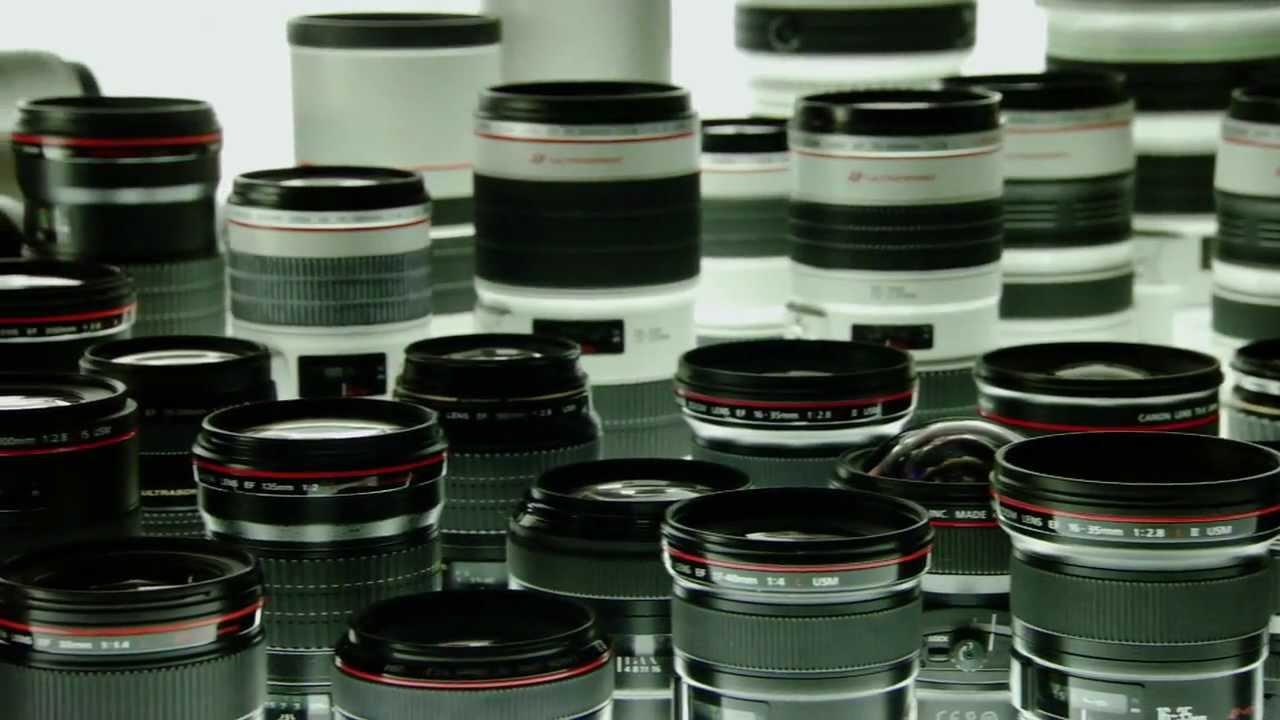 Curioso video de la fabricación paso a paso de una cámara réflex digital