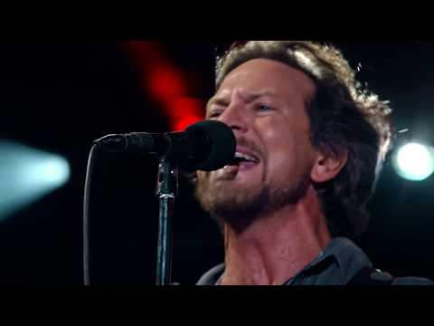 Pearl Jam 08-22-2016 Wrigley Field Chicago IL Full Show Multicam SBD Blu-Ray