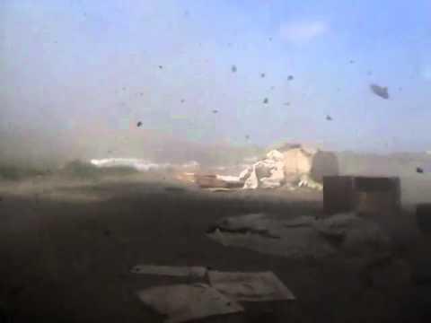 Блокпост ВСУ под обстрелом танка