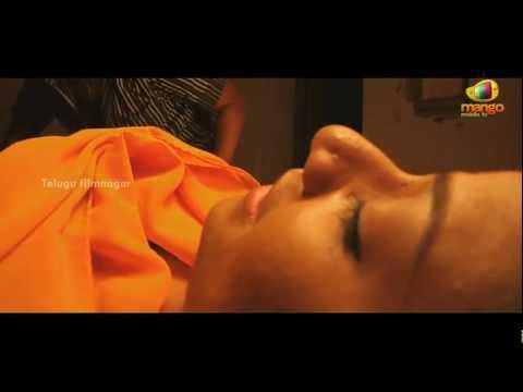 Usuru Telugu Movie Scenes - House cook & his friends killing Abhinaya and her friend