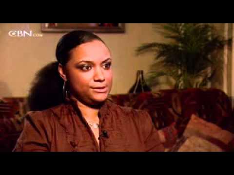 Nancy Pierre: Free from Islam, Free in Christ – CBN.com