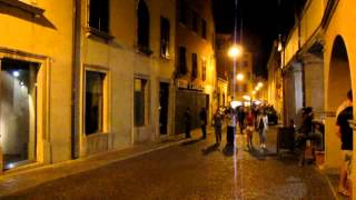 Udine Italy  city pictures gallery : Udine (Italy) in night