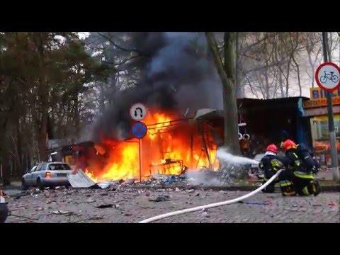 potezna-eksplozja-na-wojska-polskiego-zapalilo-sie-stoisko-z-fajerwerkami-