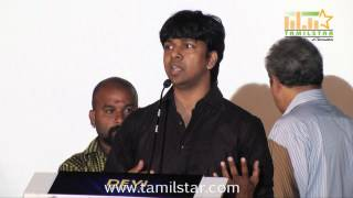Mayil Samy and Rajesh  at Vallavanukku Pullum Aayudham Audio Launch