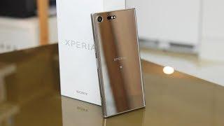 Sony Xperia XZ Premium kusi ekranem 4K i wideo w super slow motion. Czy to najlepszy smartfon tego producenta w historii?Xperię XZ Premium możecie kupić w ofercie sieci Play: http://www.play.pl/telefony/sony/sony-xperia-xz-premium/Zostaw lajka i daj suba! http://bit.ly/sub_mobzillaDaj też suba Playowi! Play jest fajny :) http://bit.ly/sub_playZerknij też na fanpage'a Mobzilli - https://www.facebook.com/MobzillaShoworaz na mojego Twittera - https://twitter.com/mobzillatva jeśli chcesz kupić fajny smartfon, możesz go wybrać wraz z ofertą w sieci Play - http://www.play.pl/telefony/Telefony_mnp