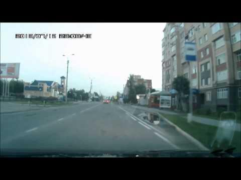 бестолковые манёвры на дорогах югорска